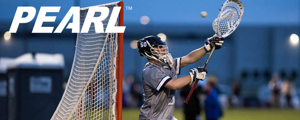 UNH's Leach is Goalie of Week